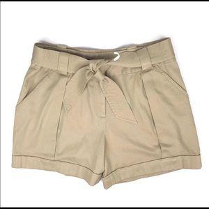 High waisted khaki shorts! Size 10!